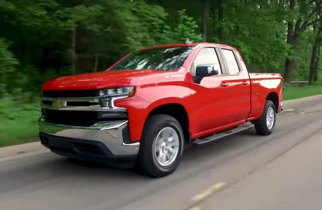 Chevy Silverado vs Ford F-150